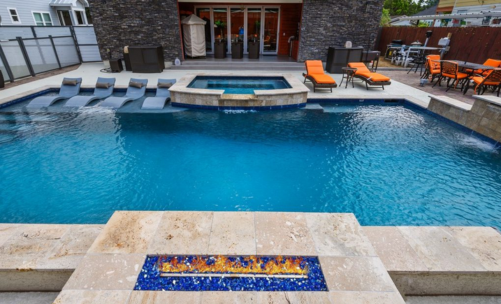 Design your oasis on Your Home together with Specialized pool builders