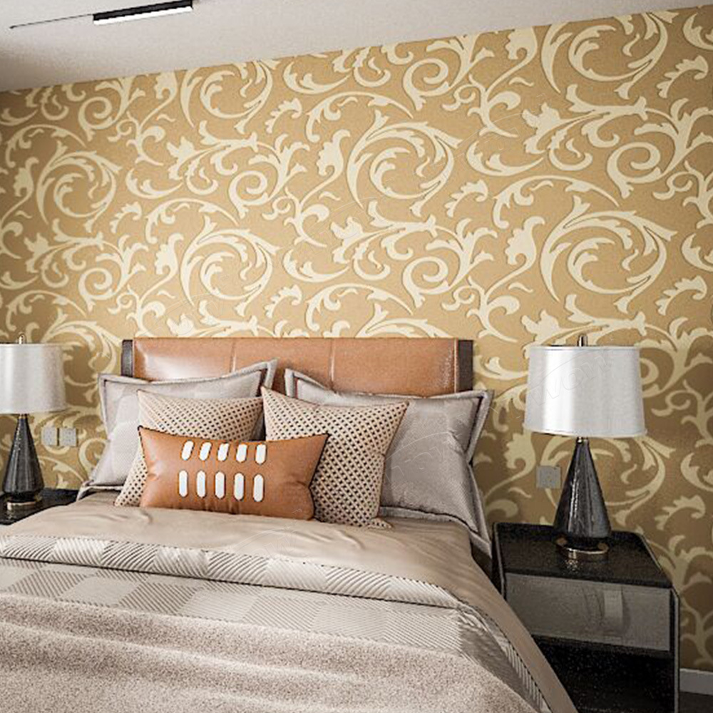 The wood wallpaper (houtbehang) is used by many decoration professionals