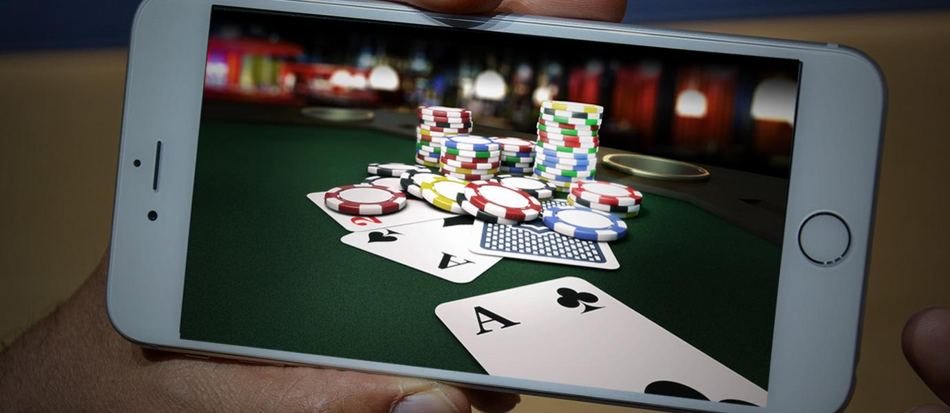 Get to know the tips of controlling emotions through Poker game