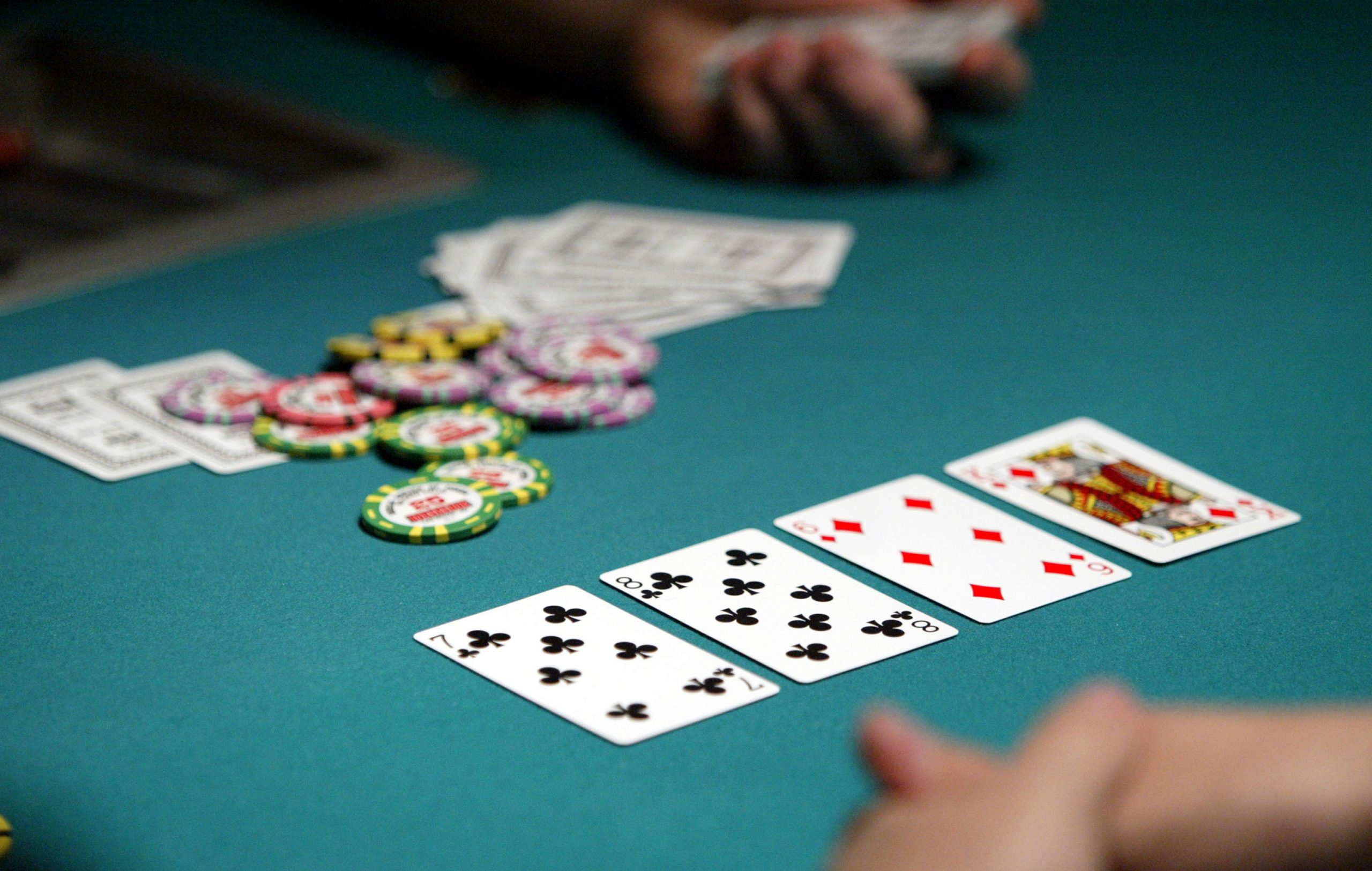 Is registration compulsory for the players on casinos?