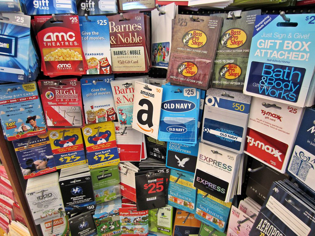 How to activate a universal gift card for your online store